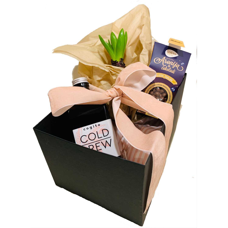 | Adria Klik Najbrža dostava Namirnica, Vina, Craft piva, Delicija, Organsko, Eko, Bio, ekskluzivan izbor domaćih vinara! Poklon Paket Cogito